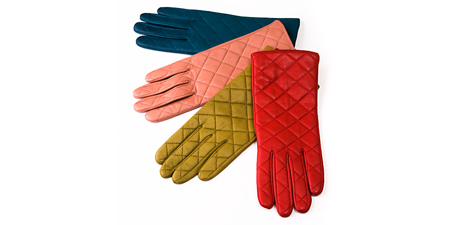 Product Photography, quilted leather gloves